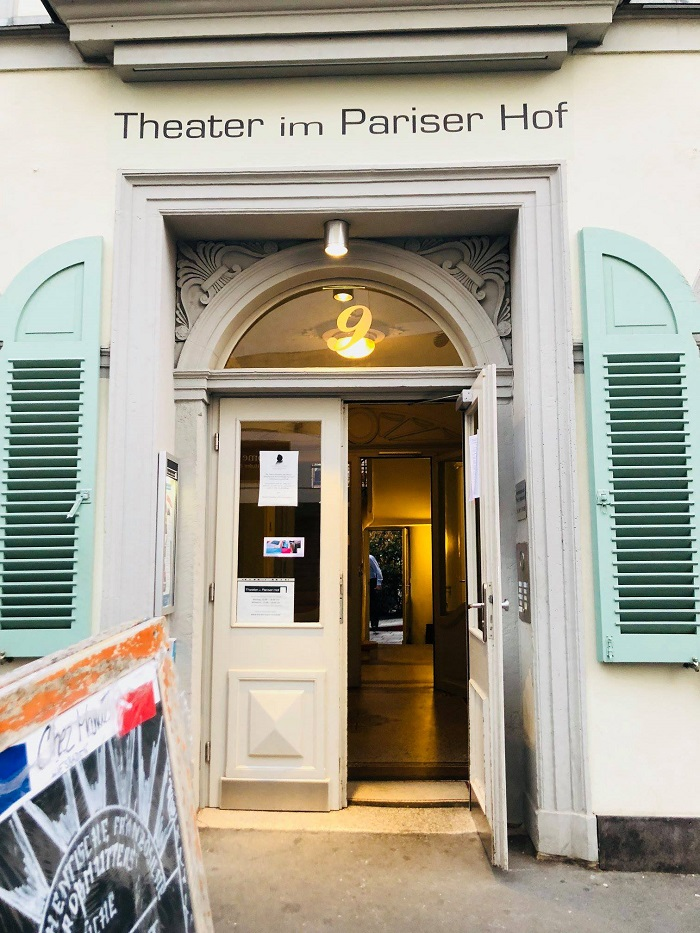 Theater im Pariser Hof